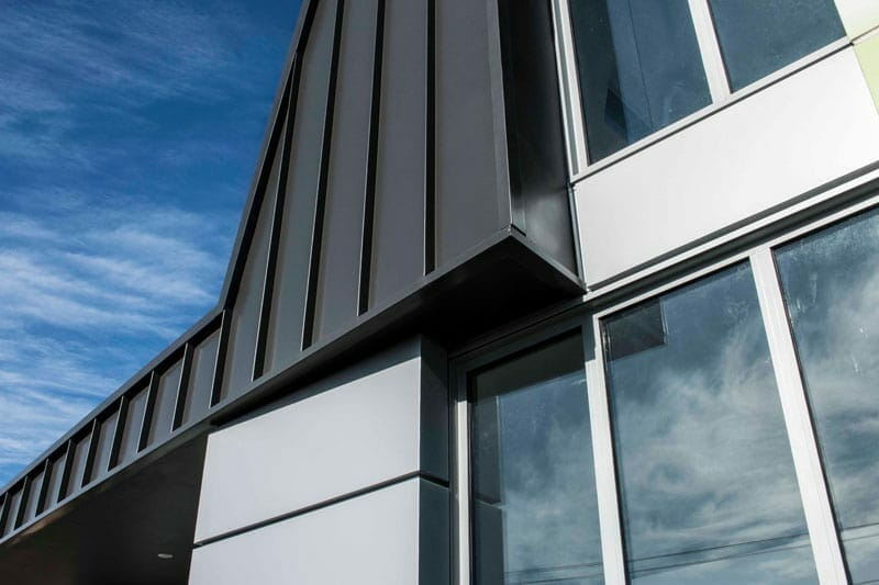 Lincoln Street House Features Snaplock And Interlocking